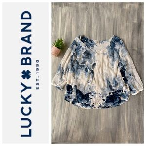 Lucky 🍀 floral Cold shoulder top